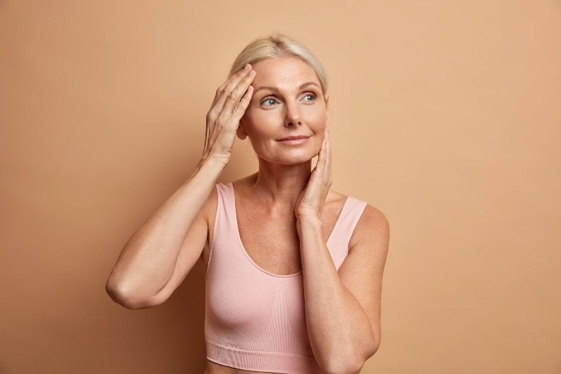 Come avere una bella pelle dopo i 50 anni? 3 Consigli di bellezza